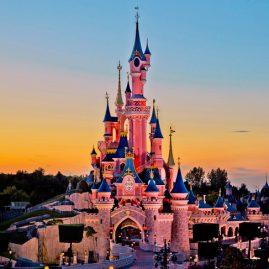 Πότε είναι η καλύτερη περίοδος για να επισκεφτώ την Disneyland και πως θα κλείσω εισιτήρια.