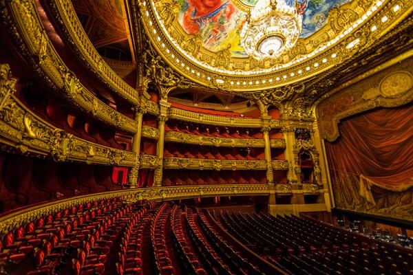 paris-opera-garnier-eswteriko