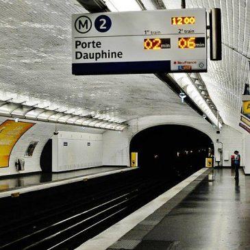 Μετρό – σταθμός Couronnes